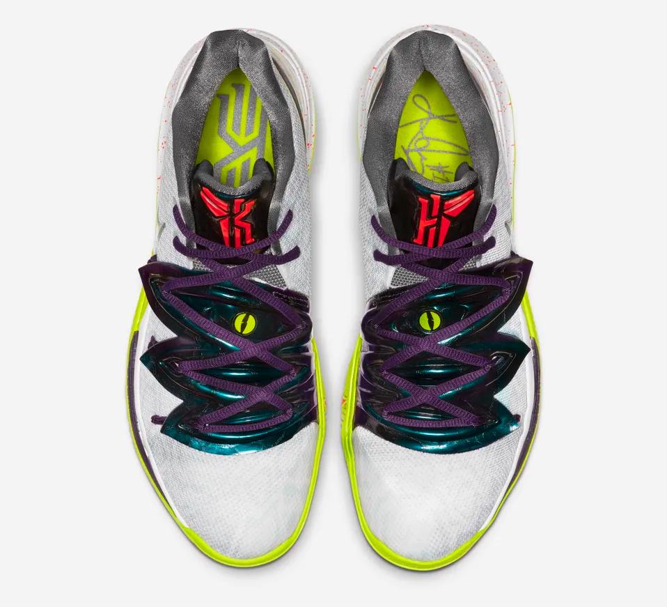 f:id:sneakerscaffetokyo:20190430192350p:plain