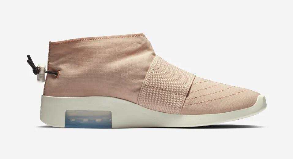 f:id:sneakerscaffetokyo:20190510180330p:plain