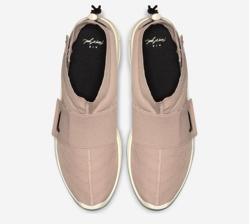 f:id:sneakerscaffetokyo:20190510180435p:plain