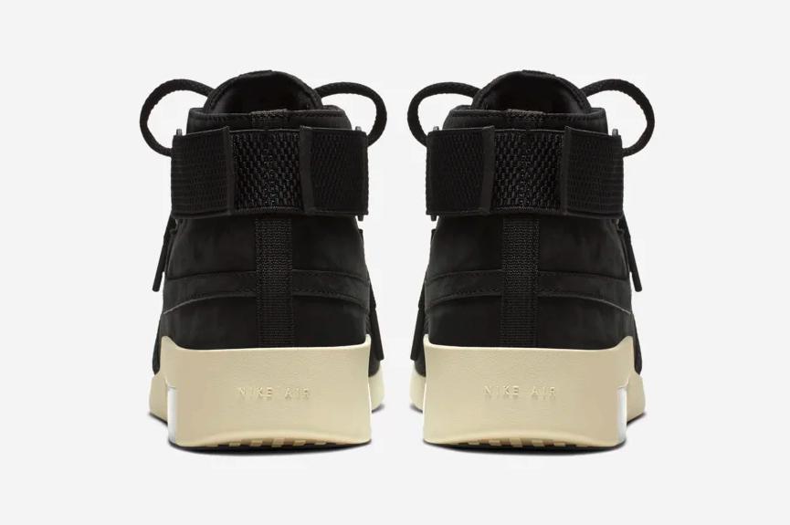 f:id:sneakerscaffetokyo:20190510182751p:plain