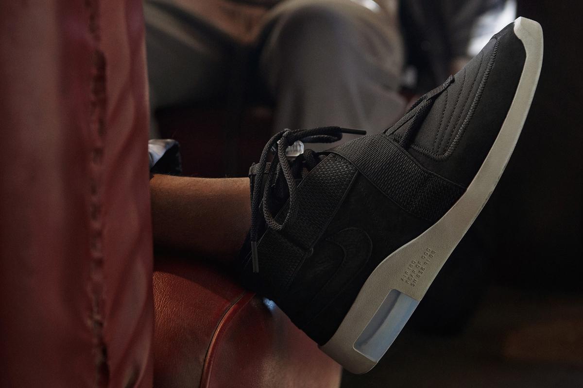 f:id:sneakerscaffetokyo:20190510182904j:plain