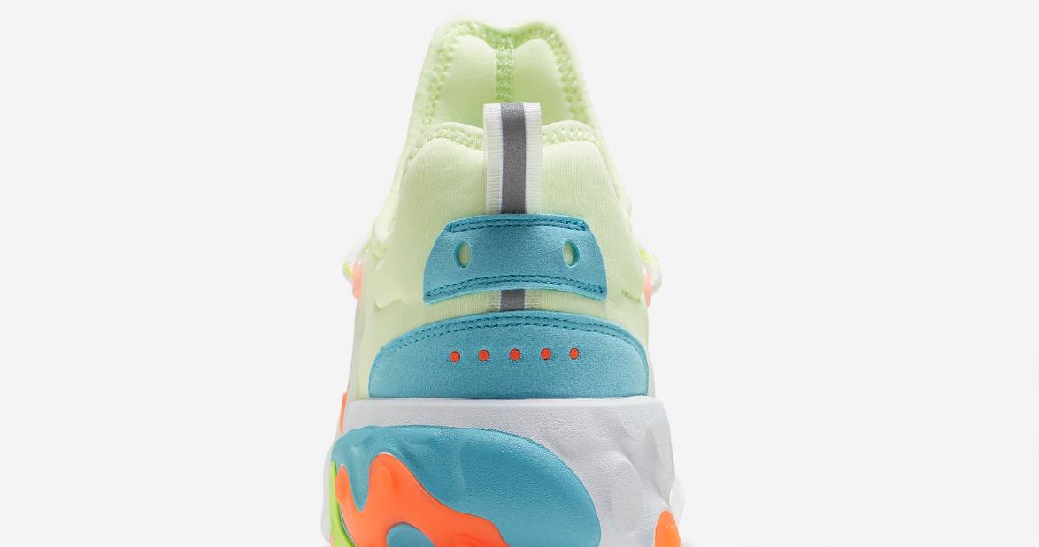 f:id:sneakerscaffetokyo:20190513110926p:plain
