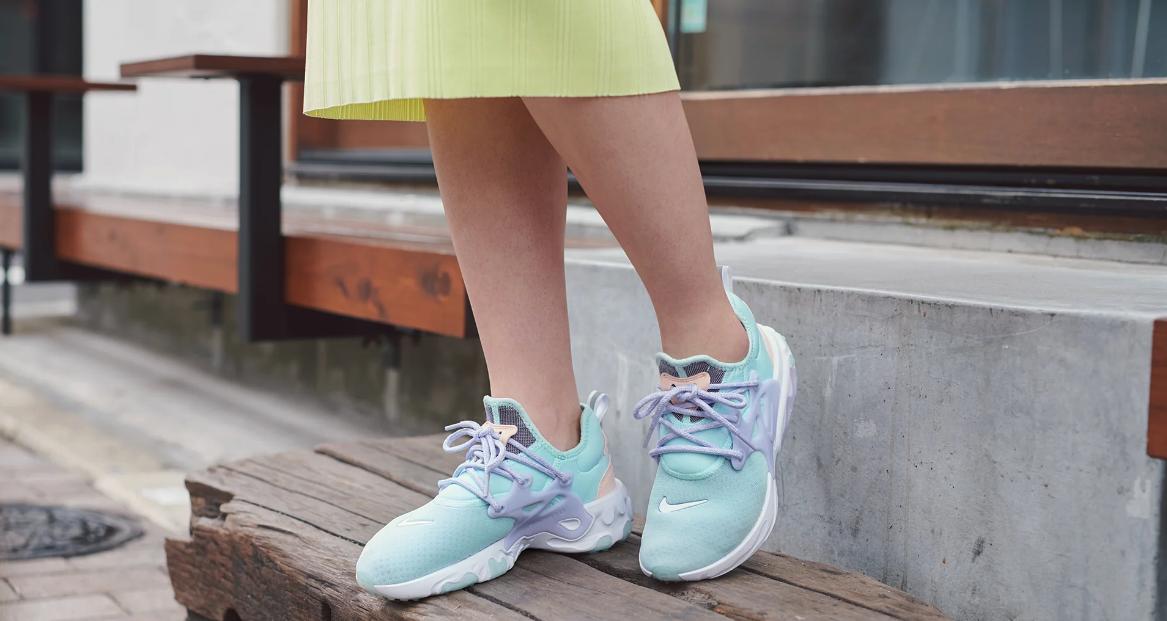 f:id:sneakerscaffetokyo:20190513115125p:plain