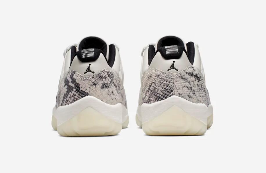 f:id:sneakerscaffetokyo:20190515165424p:plain