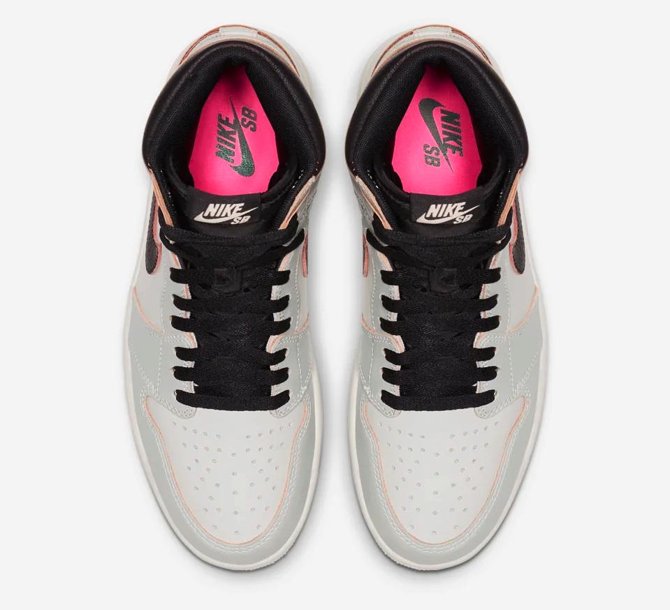 f:id:sneakerscaffetokyo:20190520112443p:plain