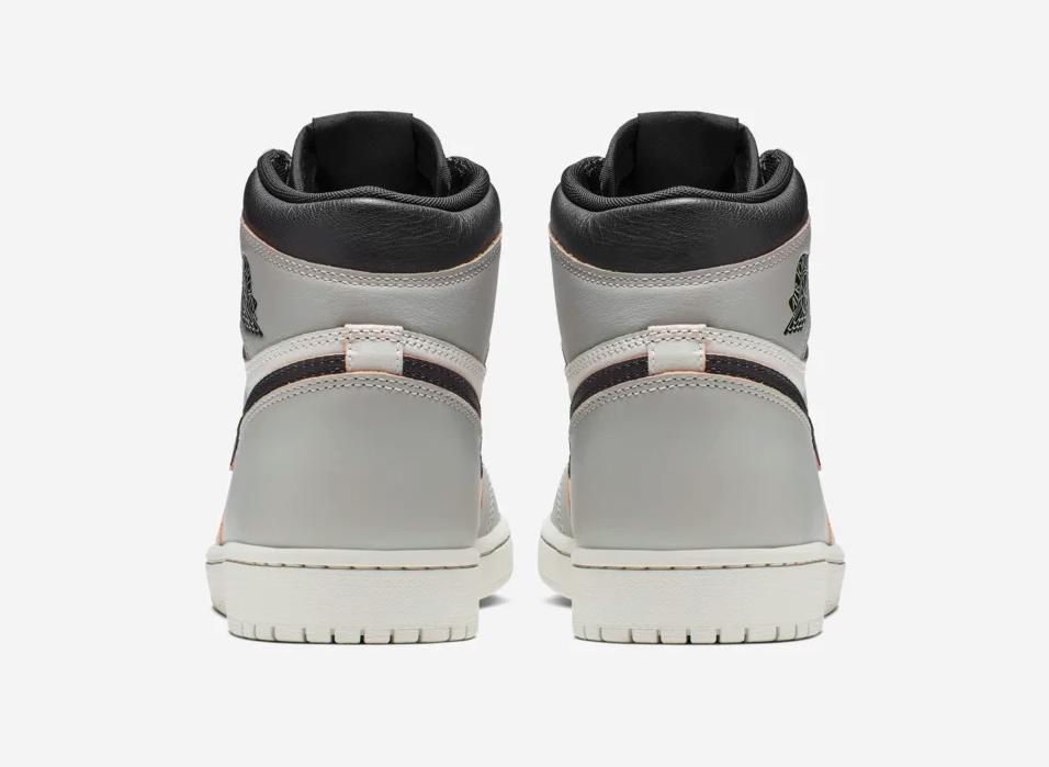 f:id:sneakerscaffetokyo:20190520112529p:plain