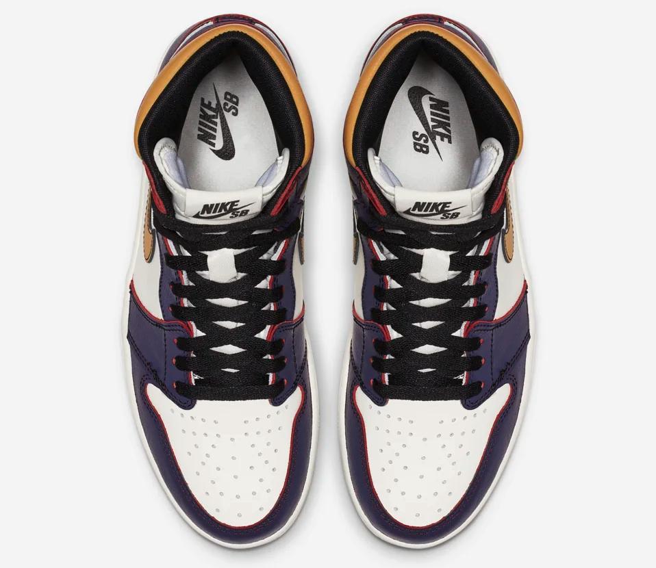 f:id:sneakerscaffetokyo:20190520140422p:plain
