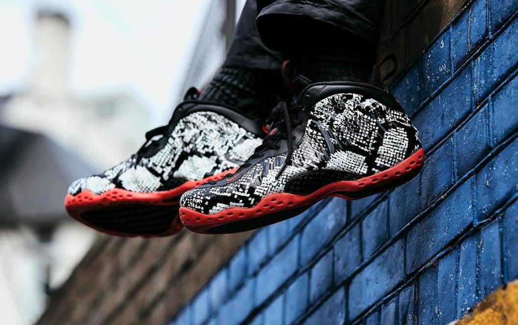 f:id:sneakerscaffetokyo:20190523093221p:plain