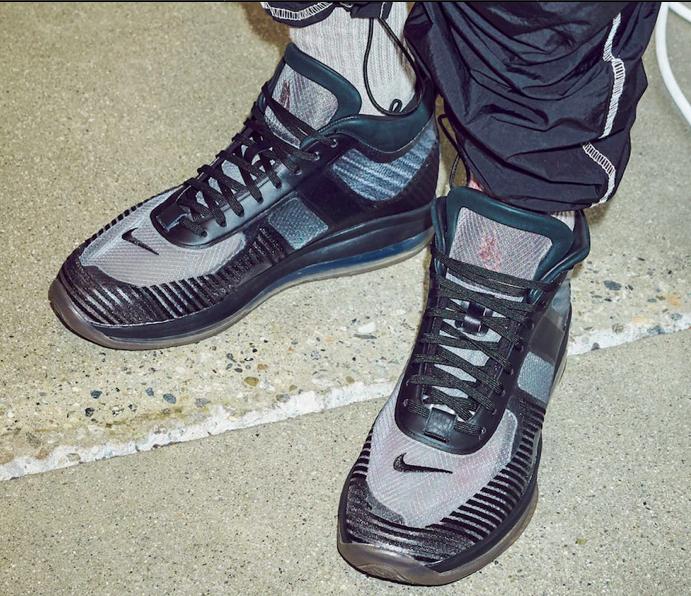 f:id:sneakerscaffetokyo:20190524142919p:plain