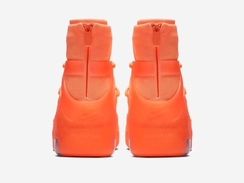 f:id:sneakerscaffetokyo:20190528135137p:plain