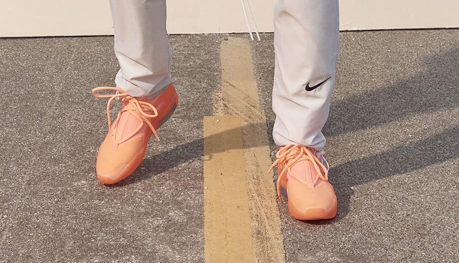 f:id:sneakerscaffetokyo:20190528135342j:plain