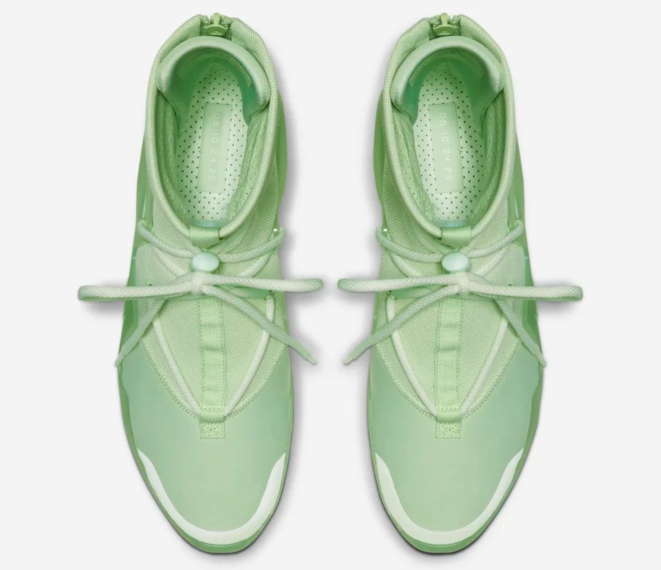 f:id:sneakerscaffetokyo:20190528135824p:plain