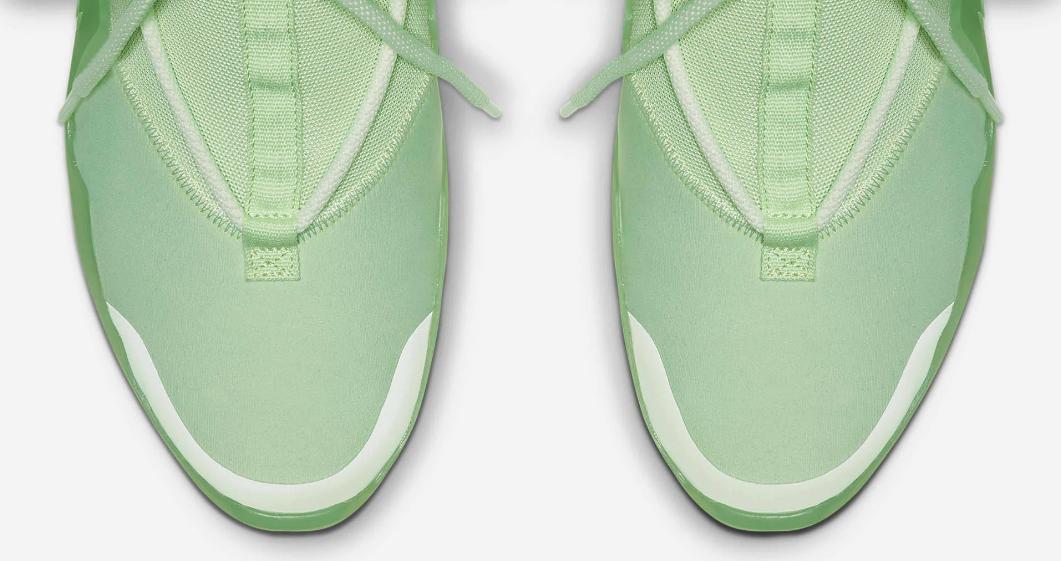 f:id:sneakerscaffetokyo:20190528135840p:plain
