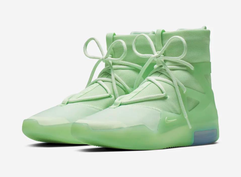 f:id:sneakerscaffetokyo:20190528135940p:plain