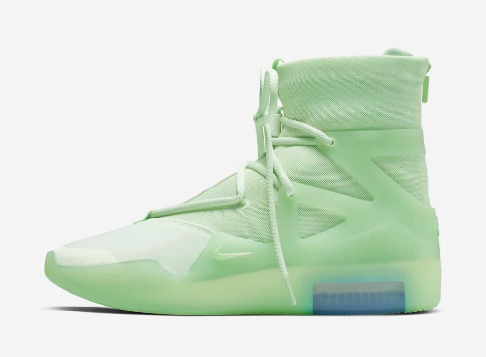 f:id:sneakerscaffetokyo:20190528140150p:plain