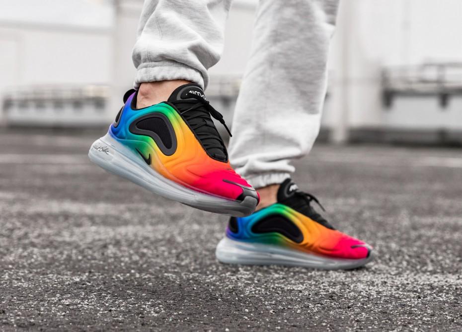 f:id:sneakerscaffetokyo:20190529102157j:plain