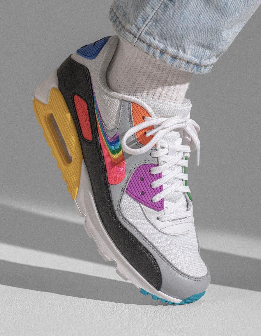 f:id:sneakerscaffetokyo:20190529163823p:plain