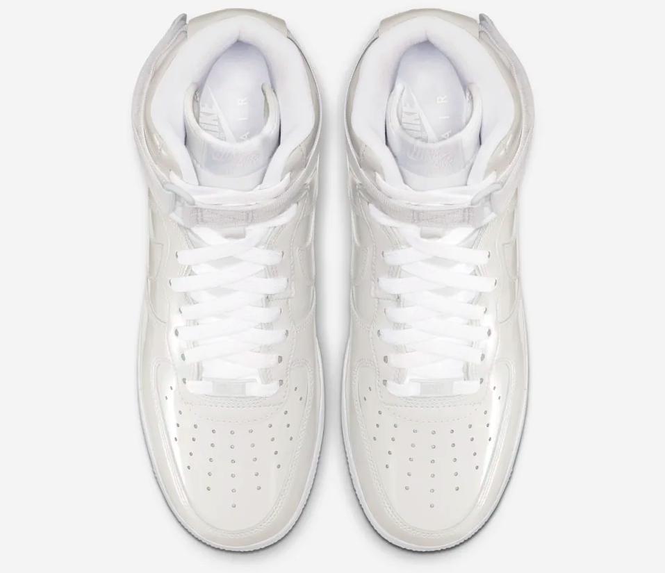 f:id:sneakerscaffetokyo:20190531172122p:plain
