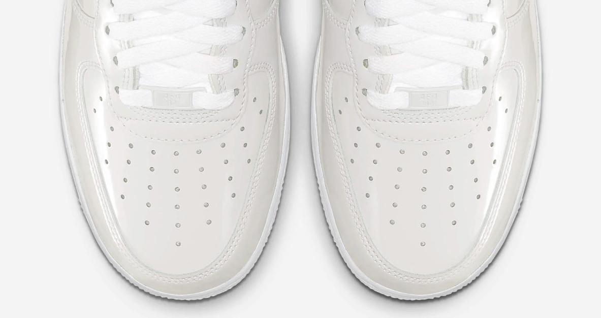 f:id:sneakerscaffetokyo:20190531172134p:plain