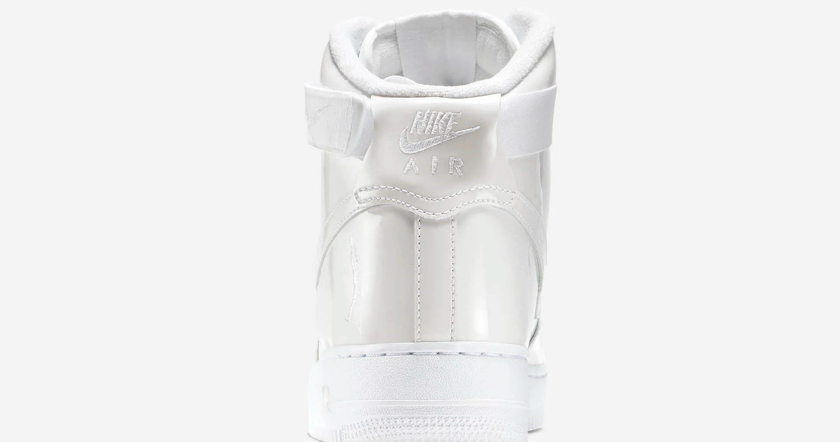 f:id:sneakerscaffetokyo:20190531172205p:plain