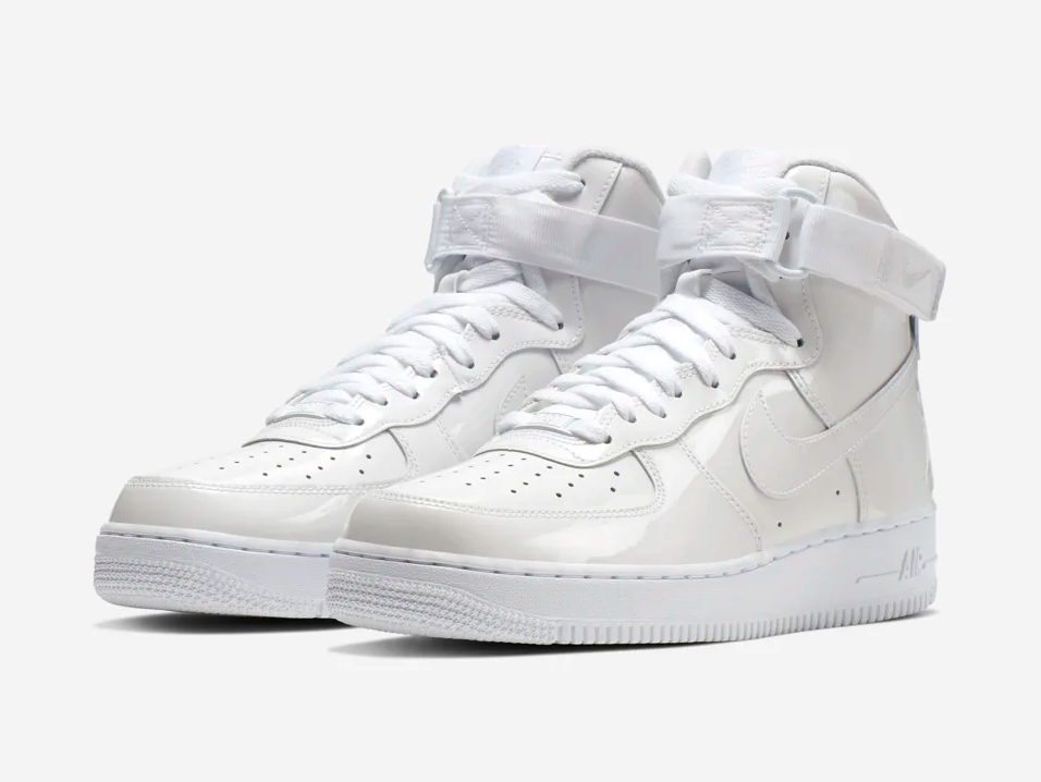 f:id:sneakerscaffetokyo:20190531172221p:plain