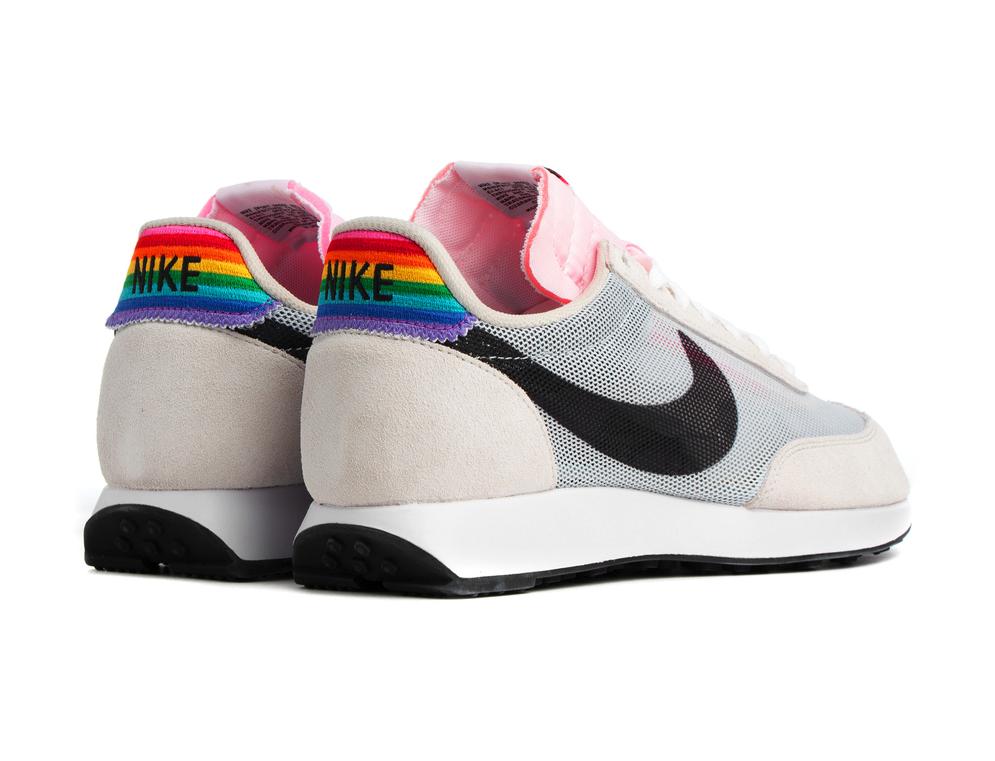f:id:sneakerscaffetokyo:20190531181337p:plain