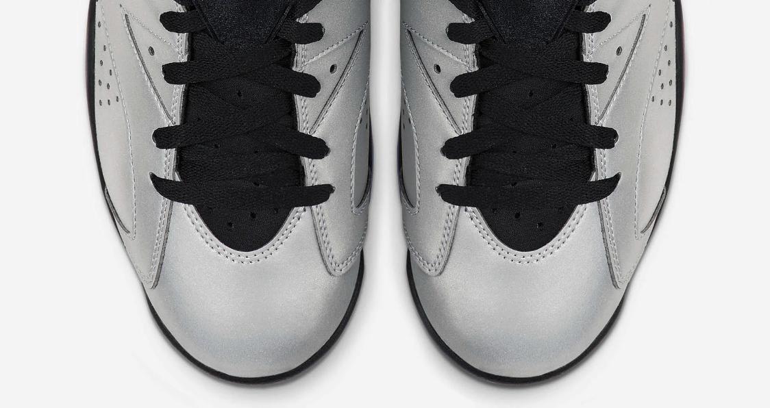 f:id:sneakerscaffetokyo:20190604091629p:plain