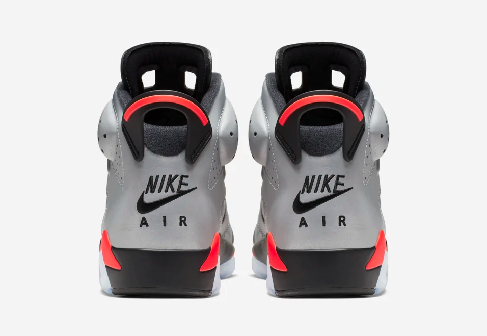 f:id:sneakerscaffetokyo:20190604091651p:plain