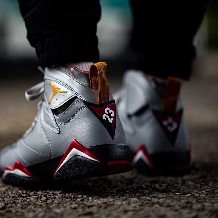 f:id:sneakerscaffetokyo:20190604092739j:plain