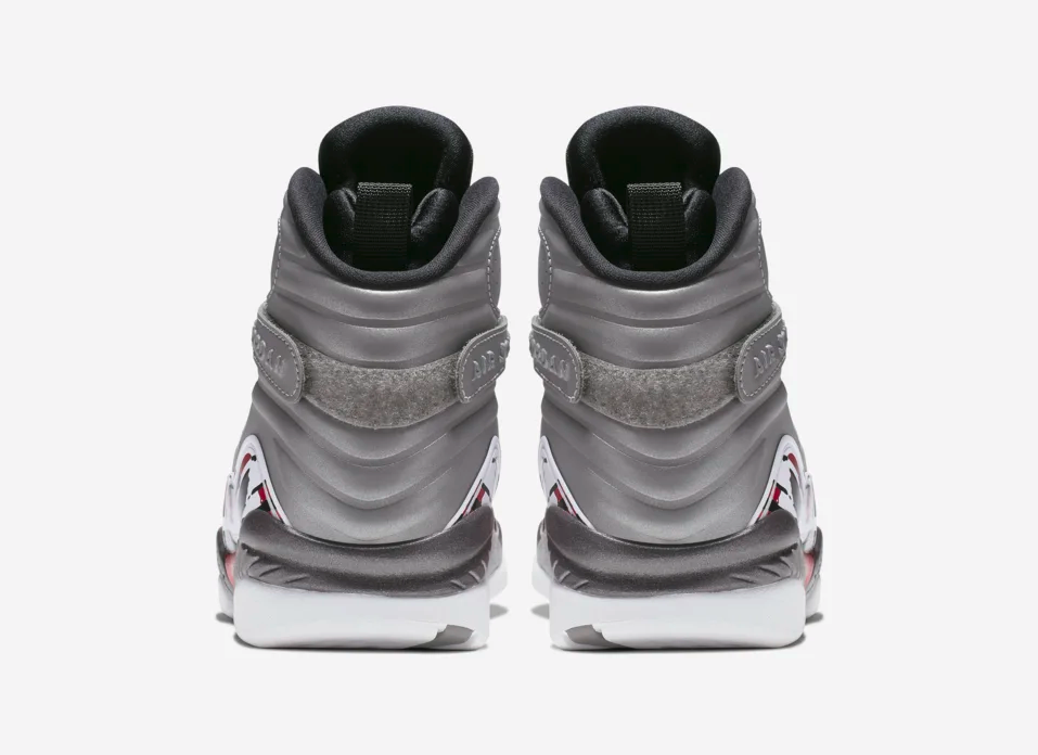 f:id:sneakerscaffetokyo:20190604094117p:plain