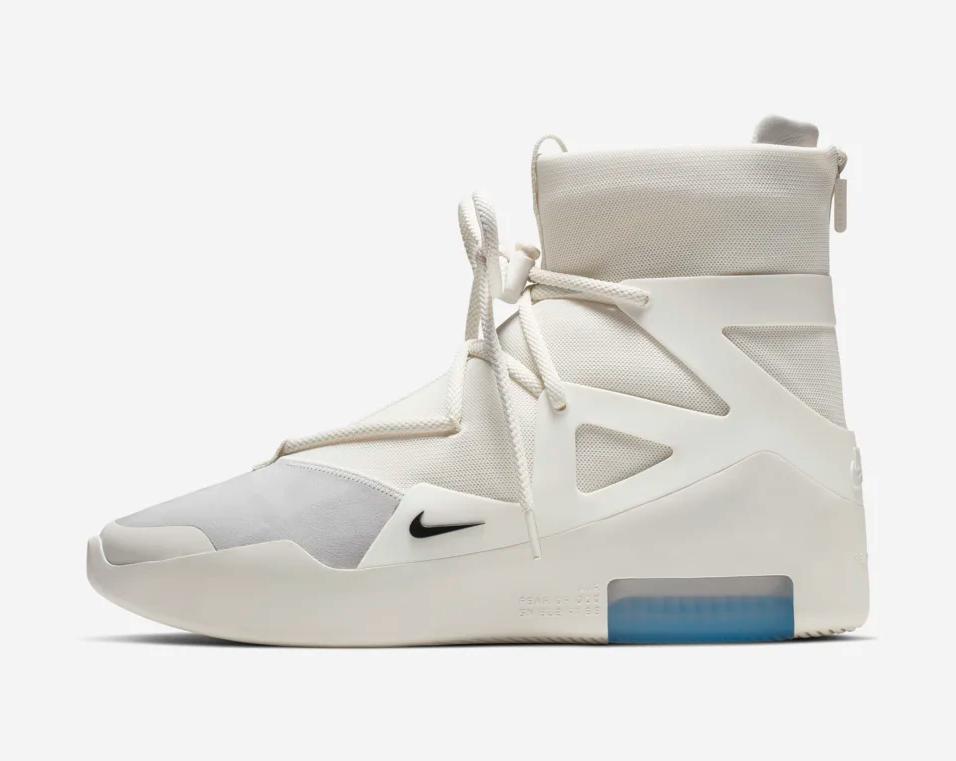f:id:sneakerscaffetokyo:20190604101232p:plain