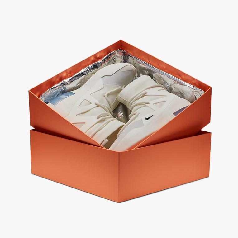 f:id:sneakerscaffetokyo:20190606151904j:plain