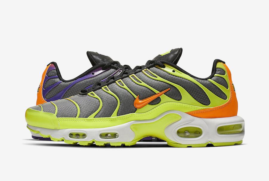 f:id:sneakerscaffetokyo:20190607074959j:plain