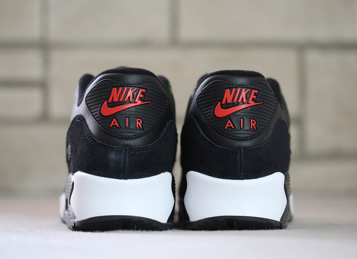f:id:sneakerscaffetokyo:20190607094830j:plain