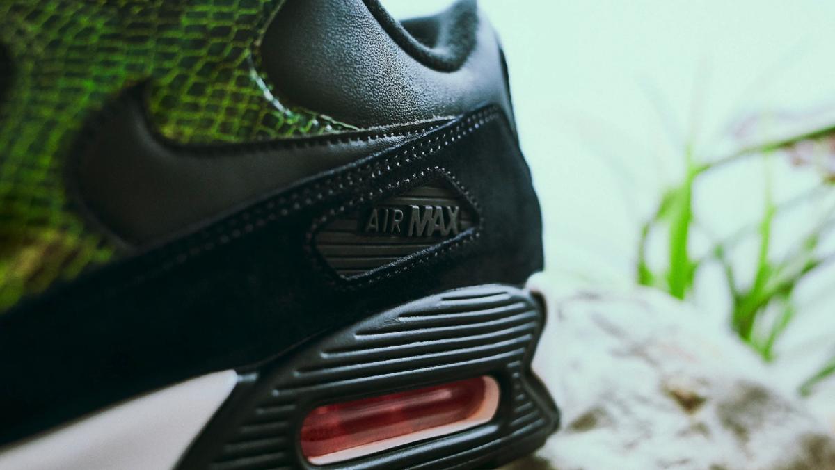 f:id:sneakerscaffetokyo:20190607095025p:plain