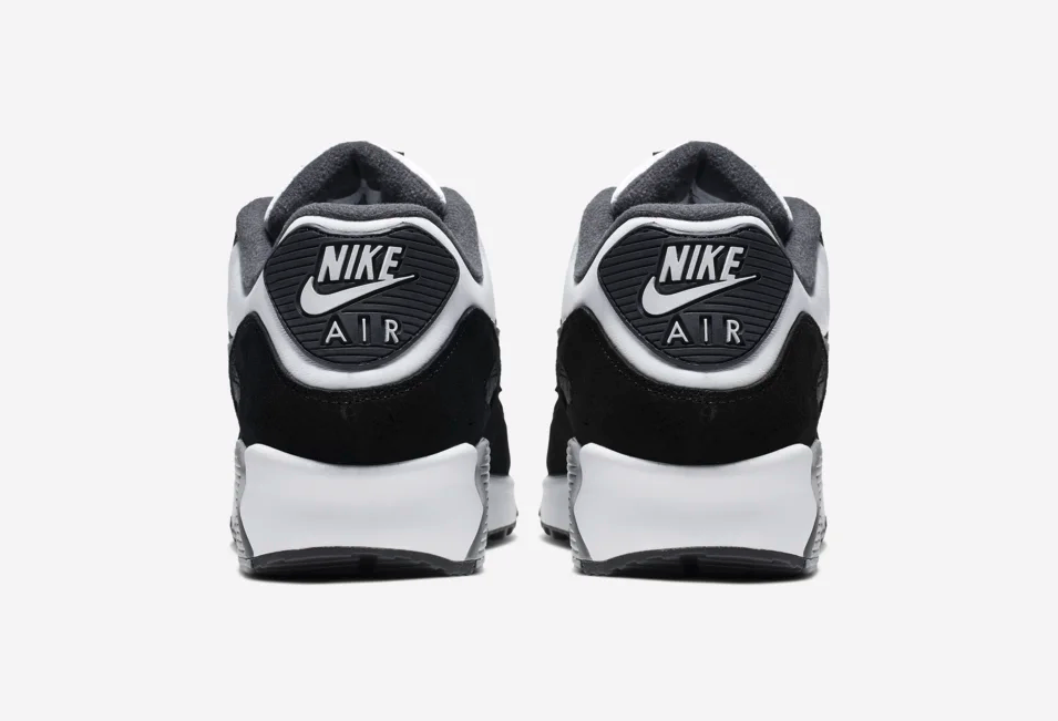 f:id:sneakerscaffetokyo:20190607115541p:plain