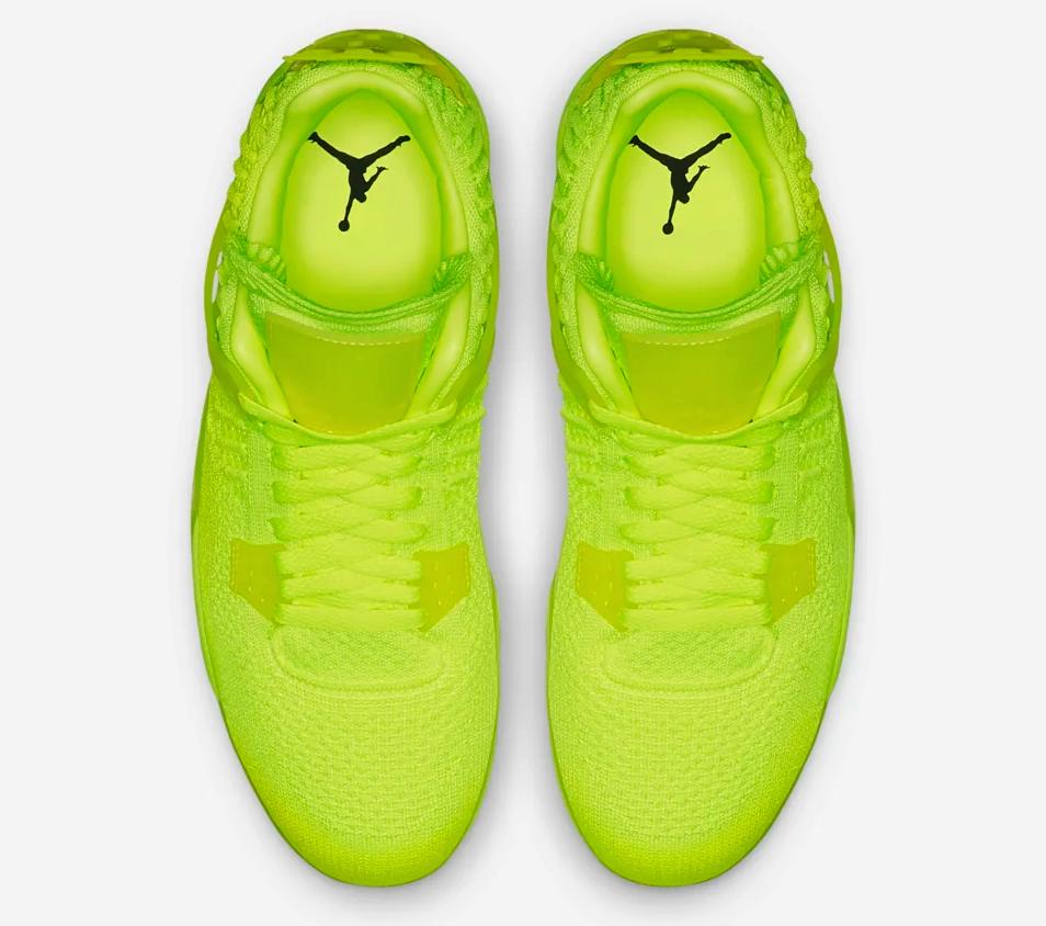 f:id:sneakerscaffetokyo:20190610104530p:plain