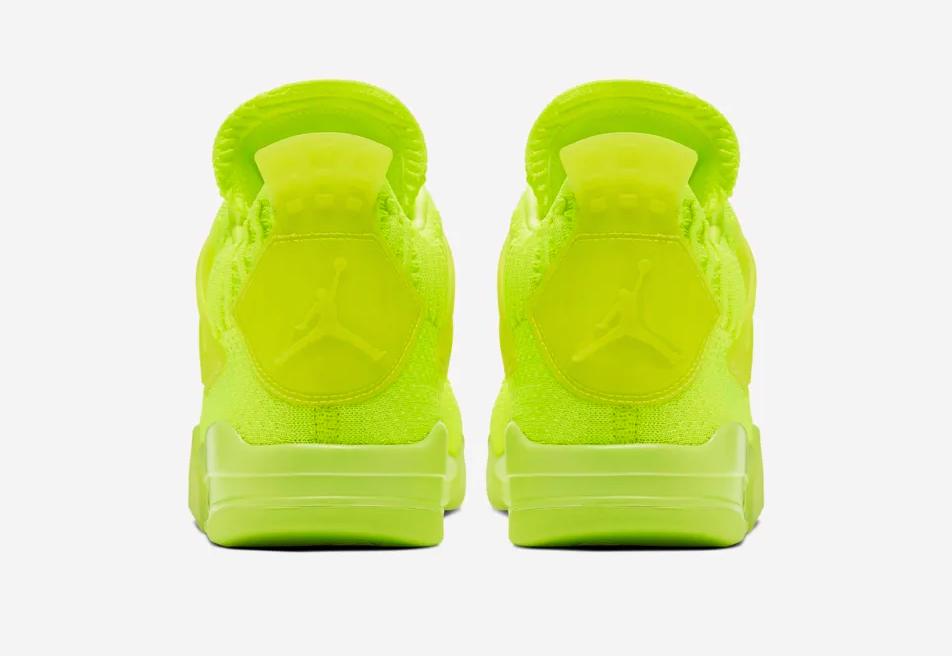 f:id:sneakerscaffetokyo:20190610110543p:plain