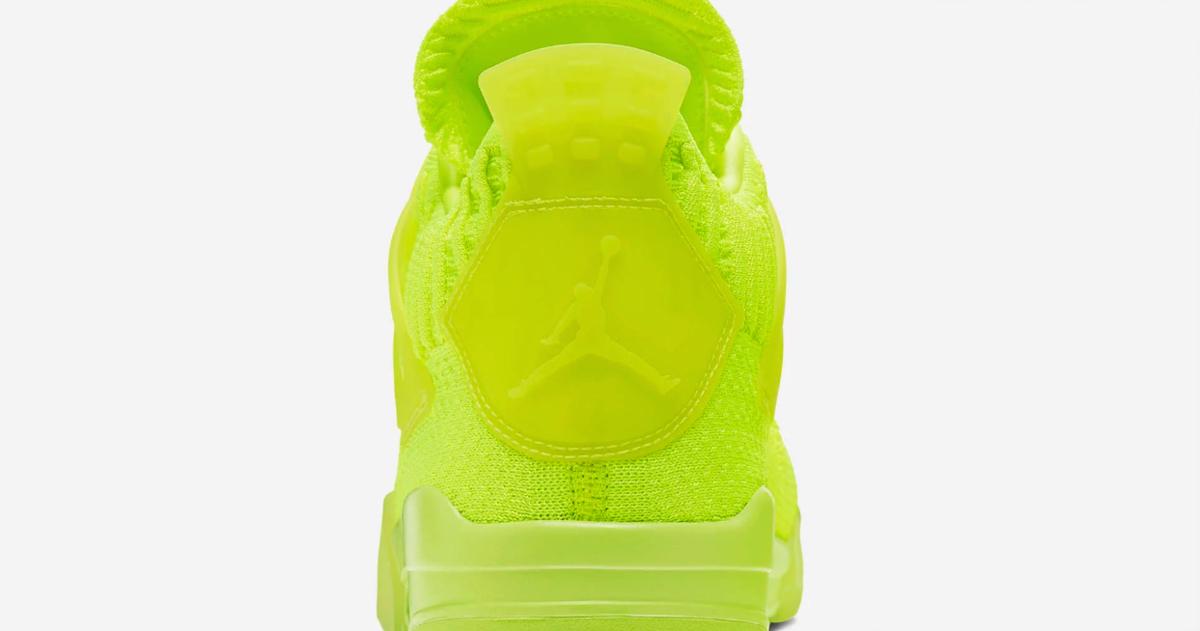 f:id:sneakerscaffetokyo:20190610110601p:plain