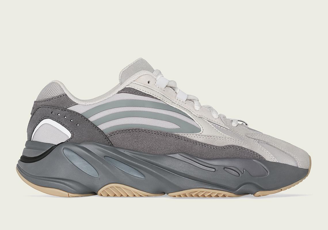 f:id:sneakerscaffetokyo:20190611163602j:plain