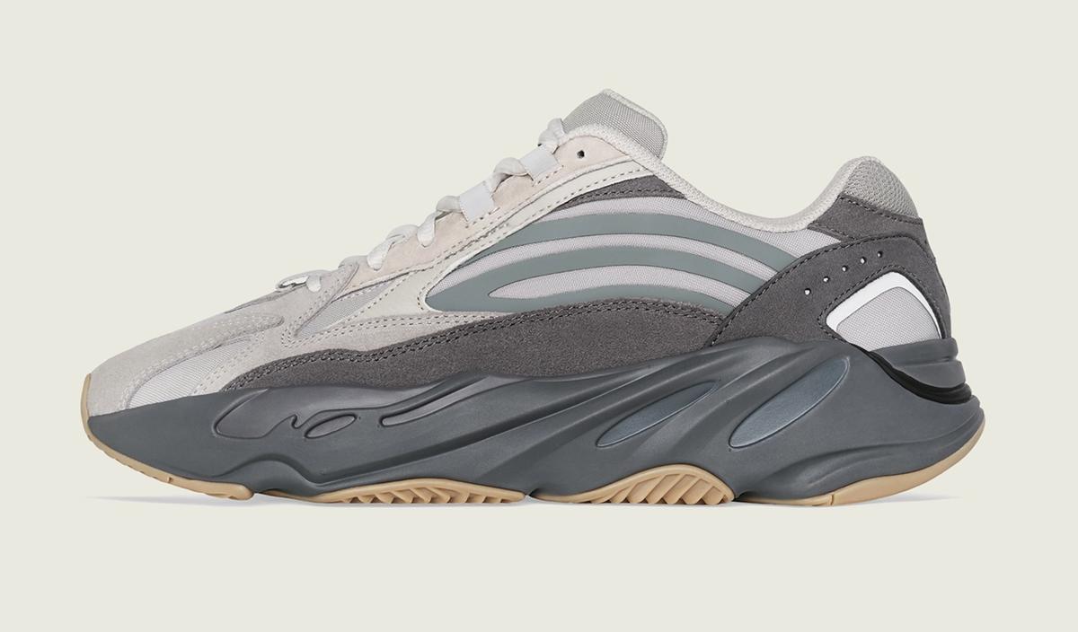 f:id:sneakerscaffetokyo:20190611163619p:plain