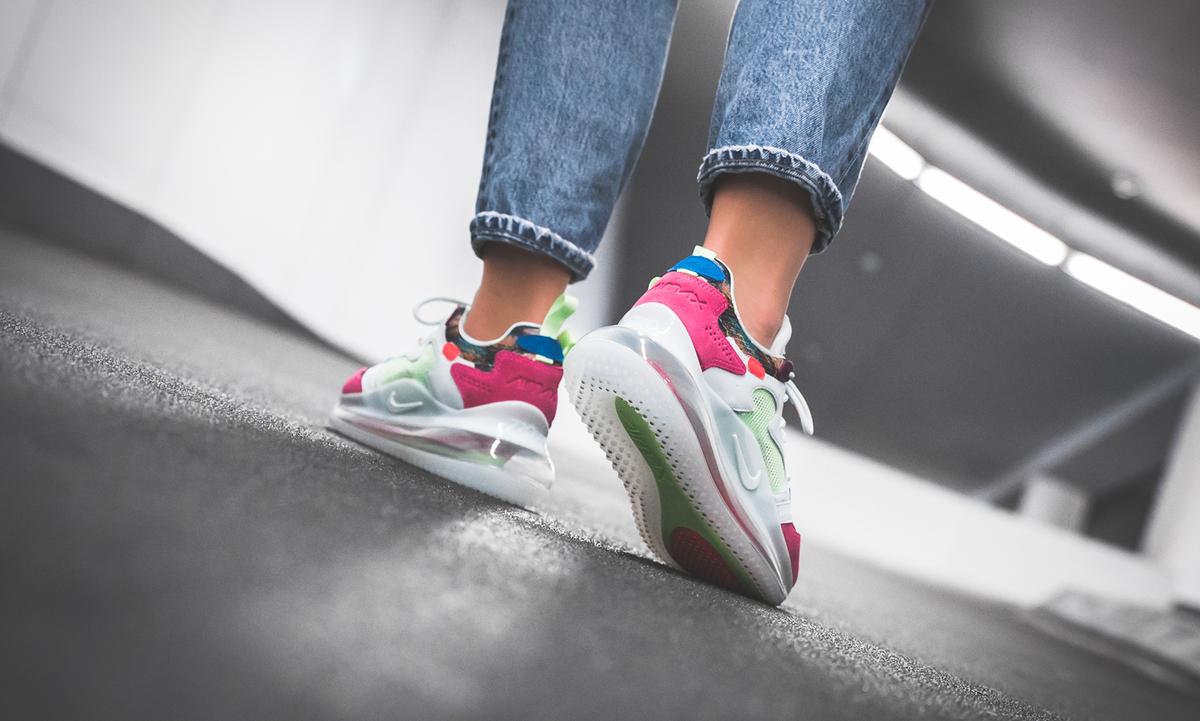f:id:sneakerscaffetokyo:20190615152429j:plain