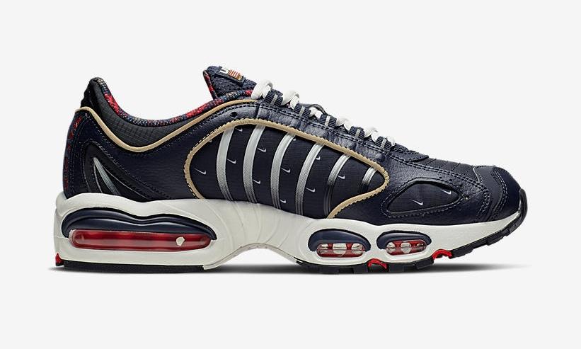 f:id:sneakerscaffetokyo:20190617111936j:plain