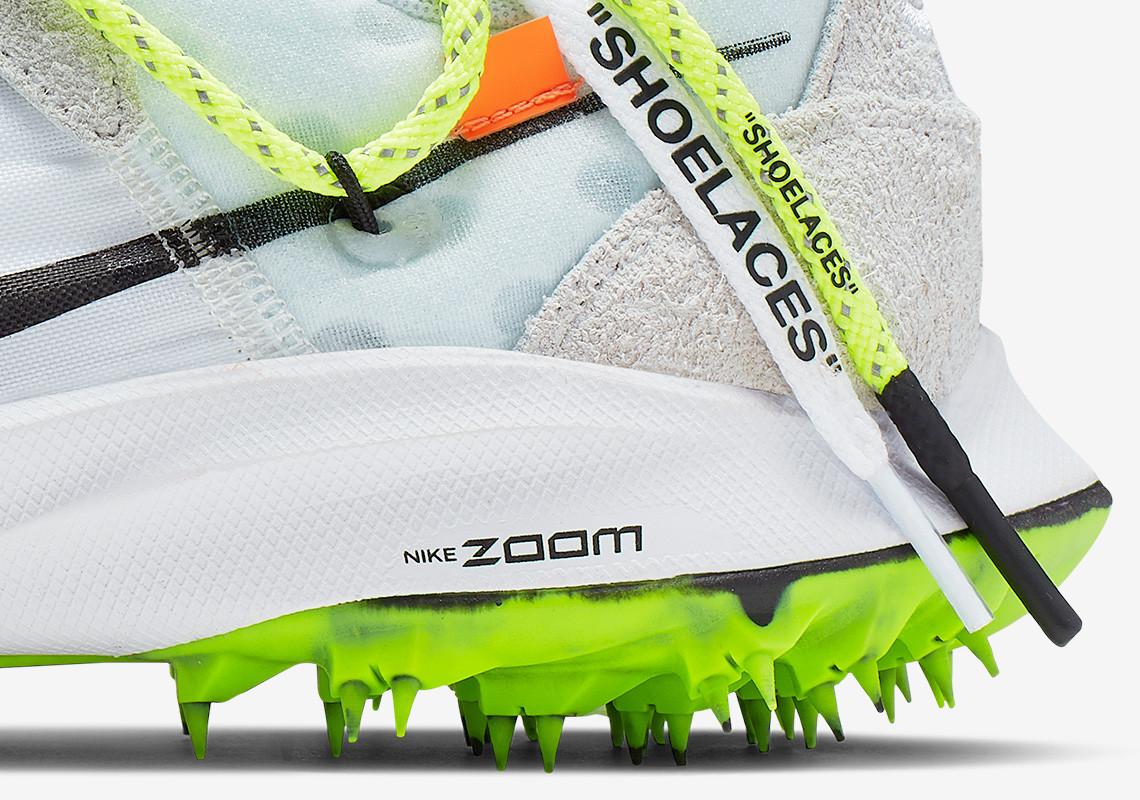 f:id:sneakerscaffetokyo:20190621102321j:plain