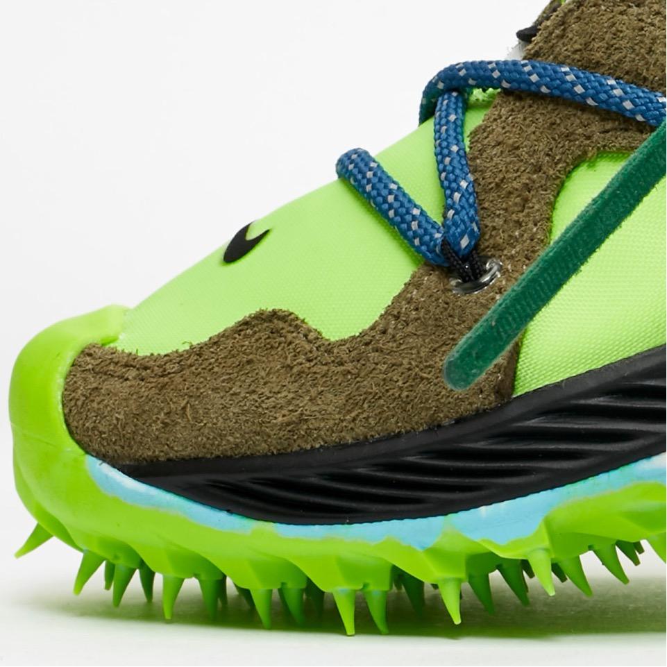f:id:sneakerscaffetokyo:20190621103143j:plain