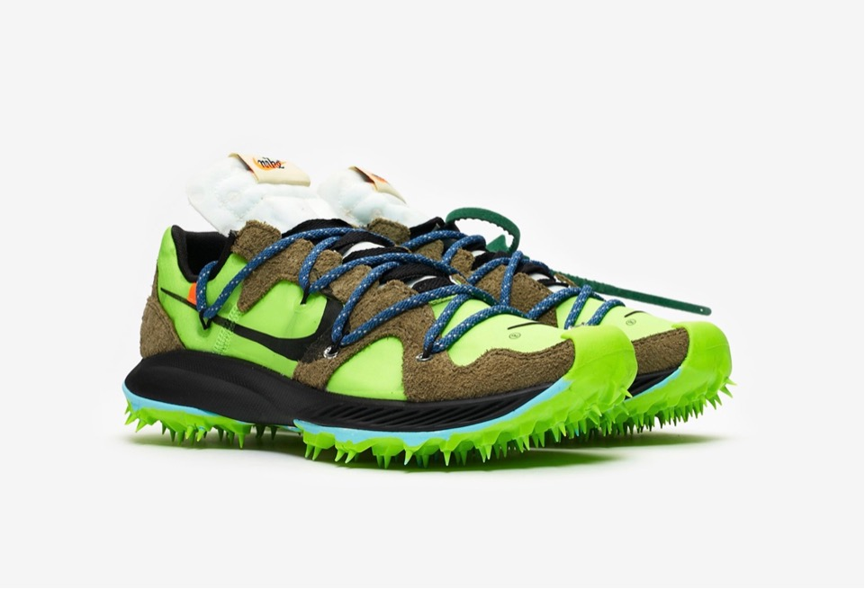 f:id:sneakerscaffetokyo:20190621103233j:plain