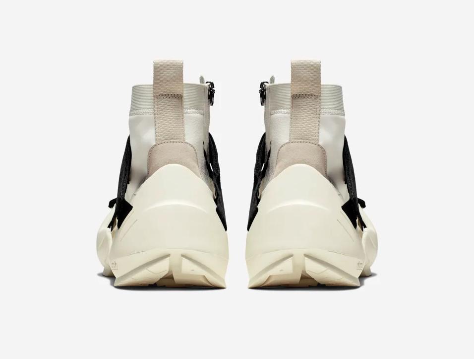f:id:sneakerscaffetokyo:20190624132850p:plain