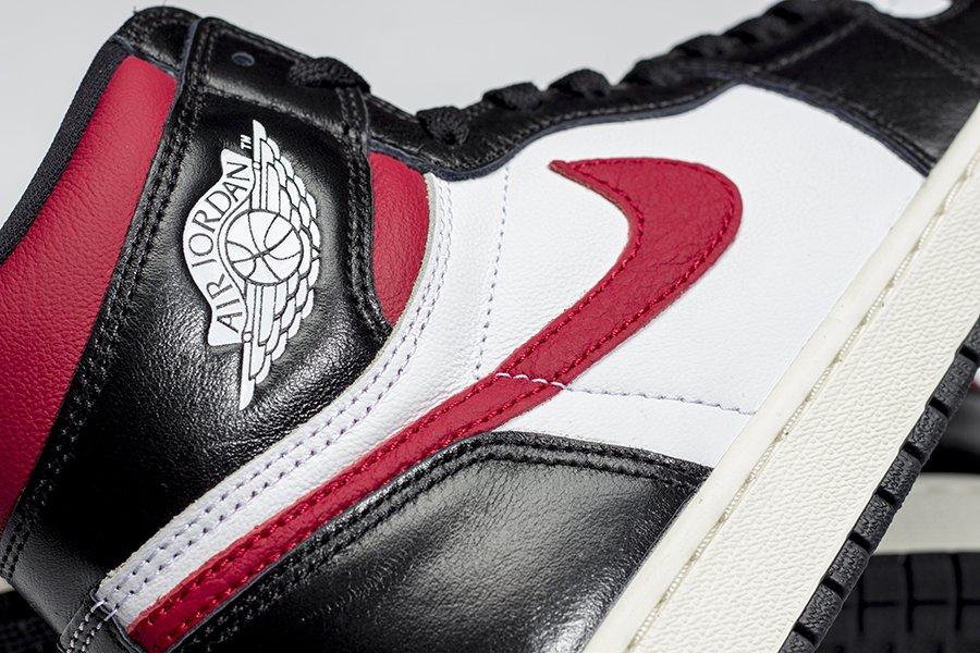 f:id:sneakerscaffetokyo:20190625075805j:plain