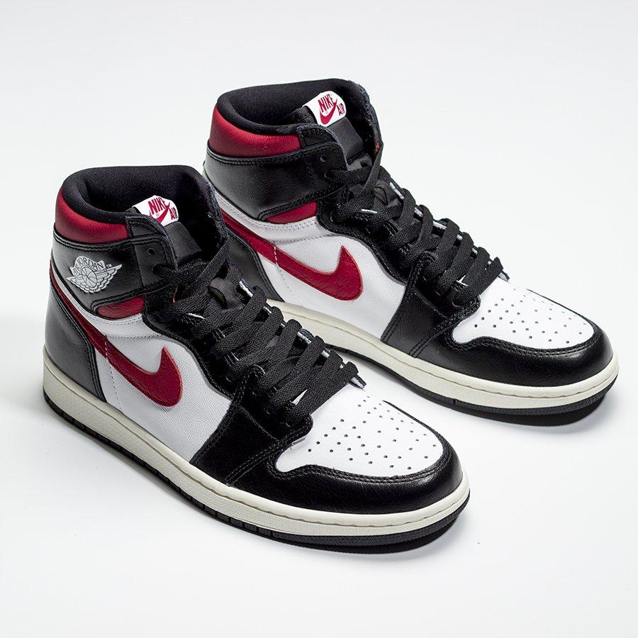 f:id:sneakerscaffetokyo:20190625075839j:plain