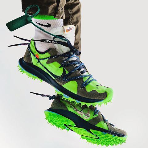 f:id:sneakerscaffetokyo:20190627101115j:plain